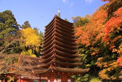 談山神社 紅葉 見ごろと飛鳥 石舞台へのアクセスとおすすめランチ