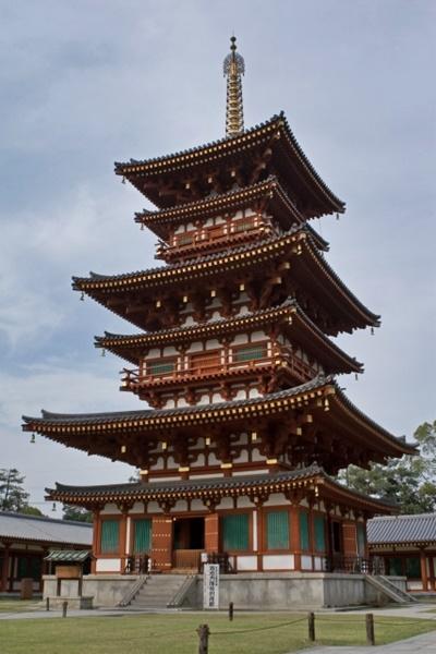 薬師寺の東塔の修理はいつまで 東塔と西塔の違いは?三重塔?